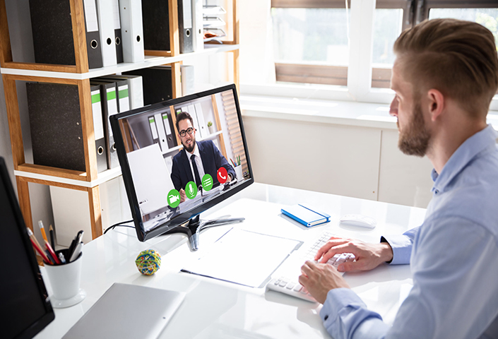 5 tips on how to manage remote staff effectively