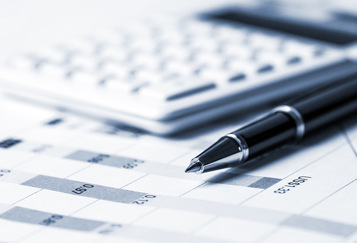 M_BlogT_Why Companies Are NOT Outsourcing Their Accounting Services
